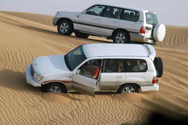 Dubai Desert Safari. Dubai Desert Dune safaris