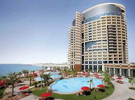 Hotels Resorts By Rotana Brand The 5 Star Property Offers 443 Splendid Rooms And Suites With Their Modern Design Complementing Values Of