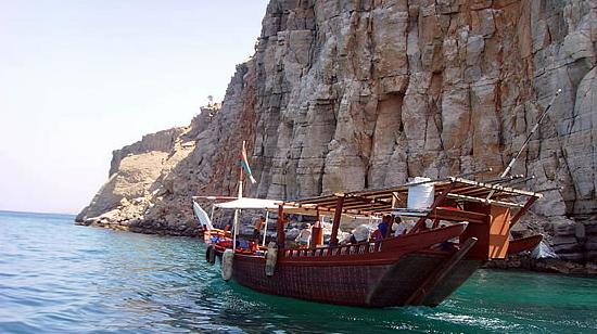 Dubai musandam tour cruise to the musandam peninsula in oman from